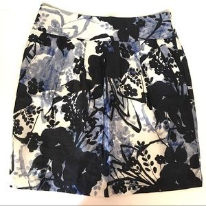 ANN TAYLOR Above Knee A-Line Skirt With Pockets